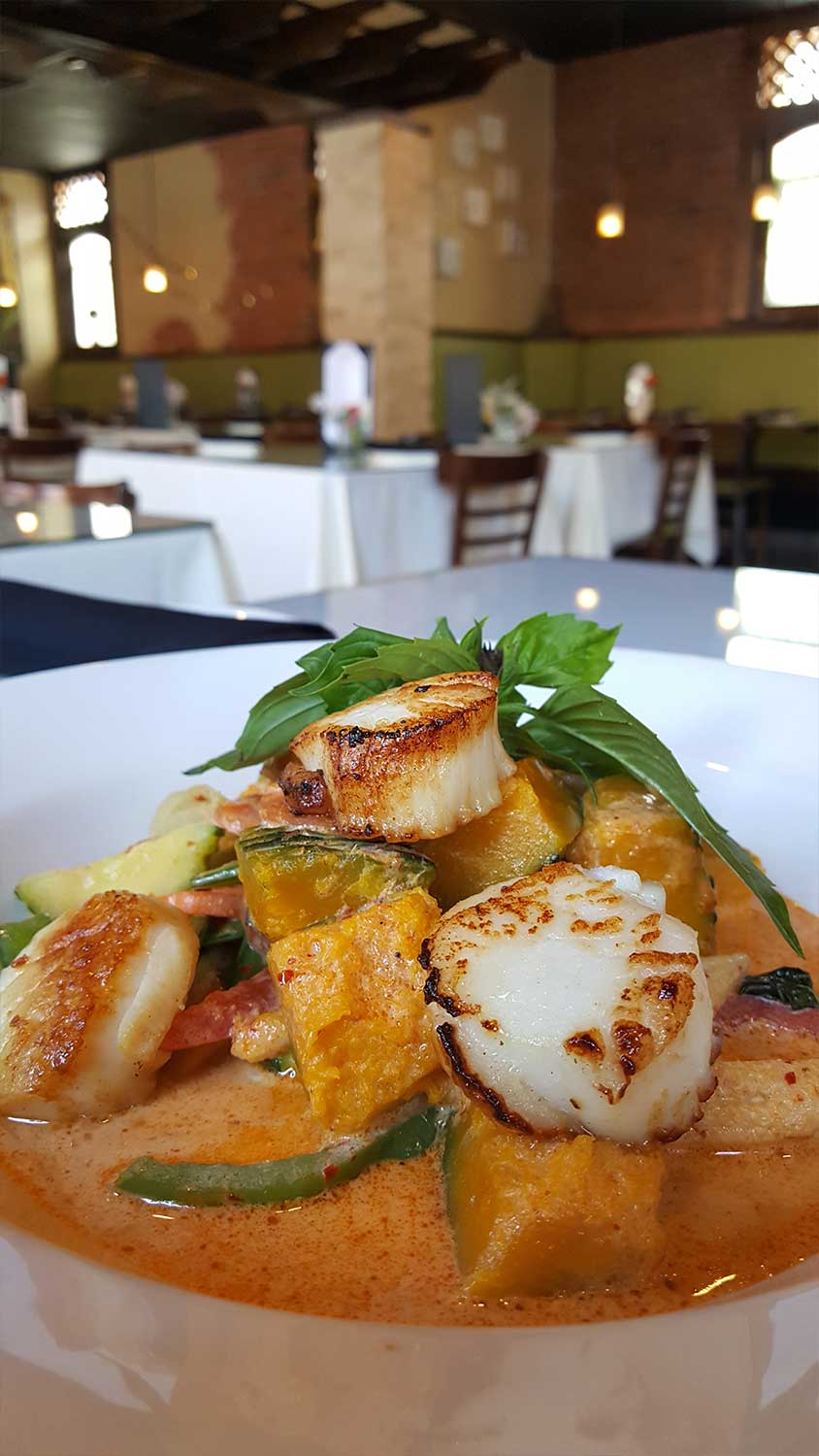 Scallops-_-Pumpkin-Squash-Red-Curry